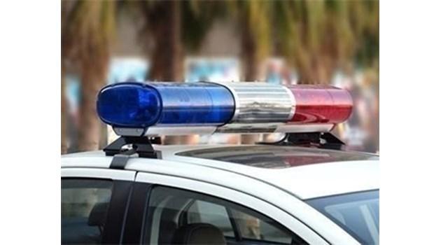 42-годишен блъсна два автомобила и се опита да подкупи полицаи в Кърджалийско