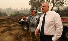 Пламъците пълзят и към премиерския стол в Австралия