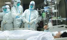 Хиляди китайски медици се включват в борбата с епидемията в провинция Хубей