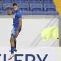 """Марин Петков е скочил във въздуха от радост след гол пред погледа на Гьоко Зайков при 3:0 за """"Левски"""" над """"Пирин"""". СНИМКИ: LEVSKI.BG"""