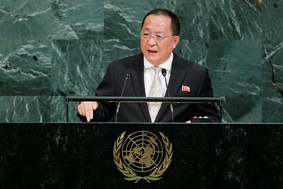 Външният министър на Северна Корея И Йон Хо  СНИМКА: Ройтерс