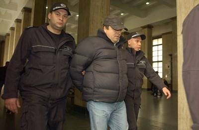 Йоско Костинбродския при първото си екстрадиране от Гърция у нас