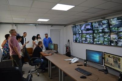 Предстои системата да бъде разширена с камери за наблюдение в районите на жп гарата, автогарата и общинския пазар. Снимки Авторката