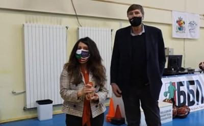 Херо Мустафа се срещна с националите ни по баскетбол (Видео)
