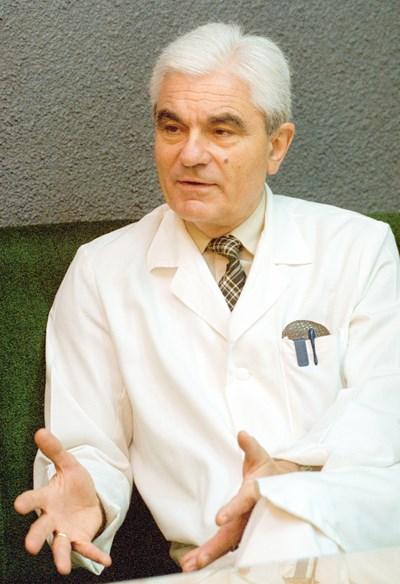 Акад. Петрунов: Стимулиране на естествения имунитет може да победи коронавируса