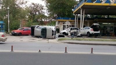 """Неотдавна Пловдив се размина с мощен взрив, след като джип се заби в бензиностанция на бул. """"Източен""""."""