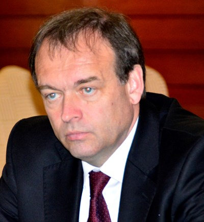 Христо Монов: Как протестърът Калин Калпакчиев ще ходи отсега нататък по улиците. Предсрочното освобождаване на Полфрийман е удар по държавността