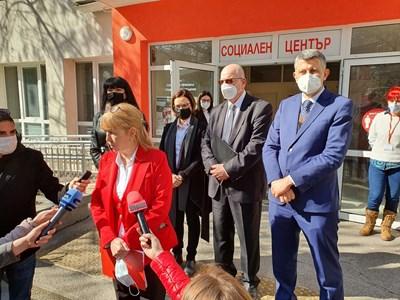 Шефката на БЧК в Пловдив Таня Георгиева обяснява за новата услуга.