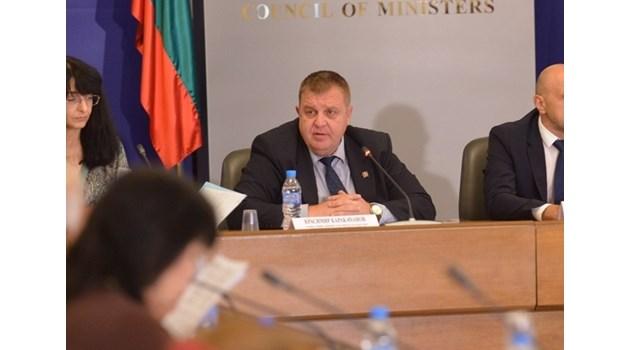 Каракачанов: ВМРО е заедно с ГЕРБ в кметската битка за 7 областни града