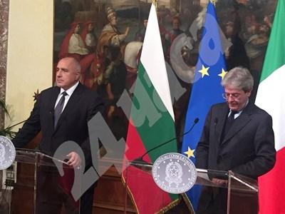 Борисов и Джентилони на пресконференция след срещата им в Рим. СНИМКИ: Виолина Христова, Рим СНИМКА: 24 часа
