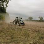 Земеделието не търпи пандемии, иска нови трактори и комбайни