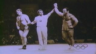 Съперниците на Боян Радев в Токио '64 го носят на ръце три почетни обиколки