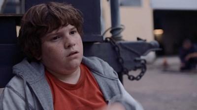 """Кадър от филма """"Прасето"""", който разказва за агресията в училищата..."""