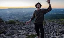 Телефонът за селфито на релсите на 19-годишния Ерик го убил