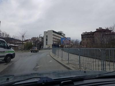 Билборд с лика на ген. Мутафчийски в Дупница.