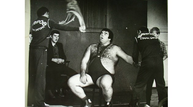 Комунистите и лошият късмет лишиха Никола Динев от олимпийско злато