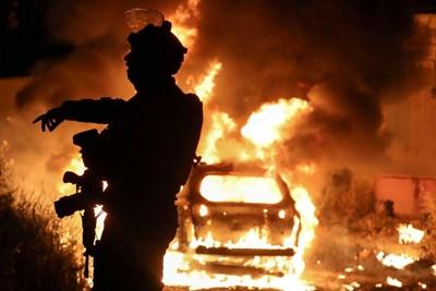 Десетки ранени при сблъсъци между палестинци и израелската полиция в Йерусалим СНИМКА: РОЙТЕРС