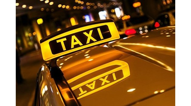 Таксиметрови шофьори продават дрога по морето