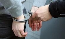 Разкриха домашна наркооранжерия в София