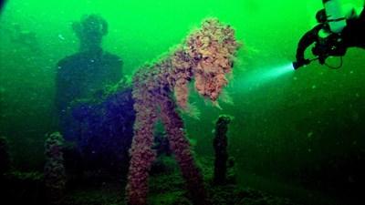 """""""Ленинец-24"""" - съветска подводница, потънала през 1942 г. край Шабла с 57 души на борда."""