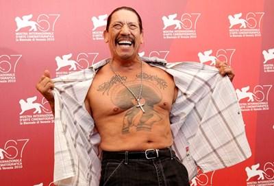 На 75-годишна възраст холивудската двезда Дани Трехо.стана рекламно лице на приспособление за увеличаване на ерекцията. СНИМКА: РОЙТЕРС
