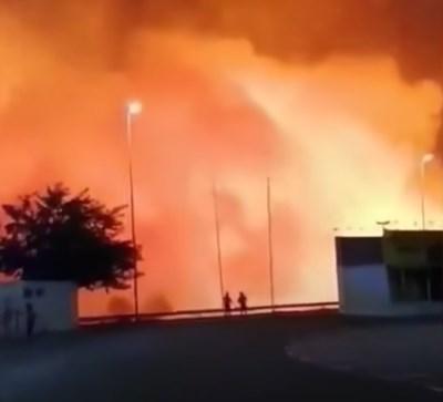 Огнената стихия в Южна Испания наложи евакуацията на над 2600 души