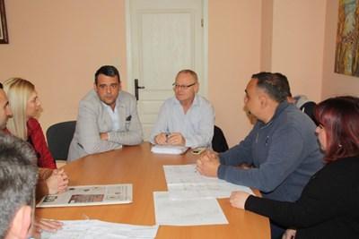 Георги Стаменов събра граждани, за да чуе какво искат.