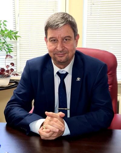 Юлиян Петров