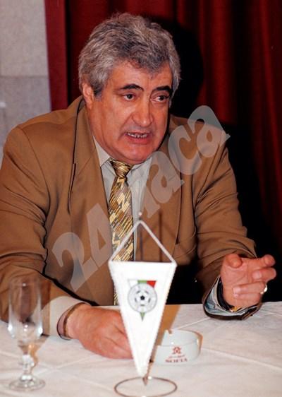 Иван Вуцов беше истински футболен управленец