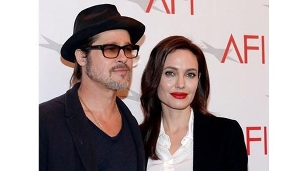 Джоли и Пит се разведоха официално след умора от емоционален стрес