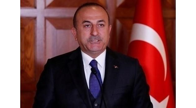 Защо Турция пренесе борбата в Сирия?