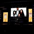 Съпругата на Кобе Брайънт, звездата на НБА, подаде иск днес срещу компанията оператор на хеликоптера, с който преди близо месец катастрофира бившият баскетболист и неговата дъщеря Джиана