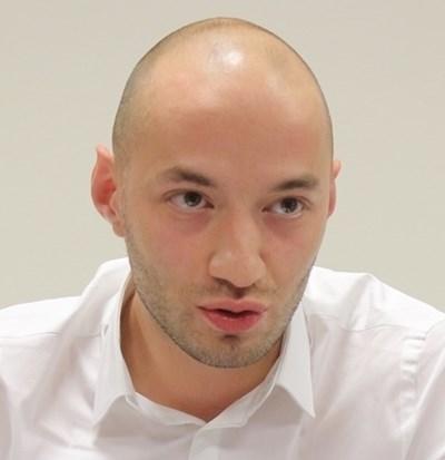 Политологът Димитър Ганев стана татко (Снимка)
