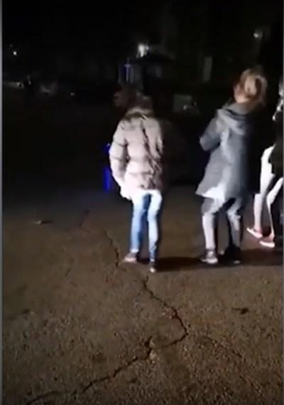 Кадър от инцидента, заснет случайно на видео