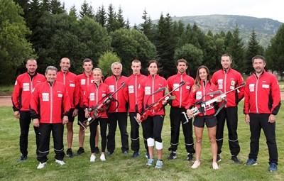 Националите по биатлон и треньорският щаб