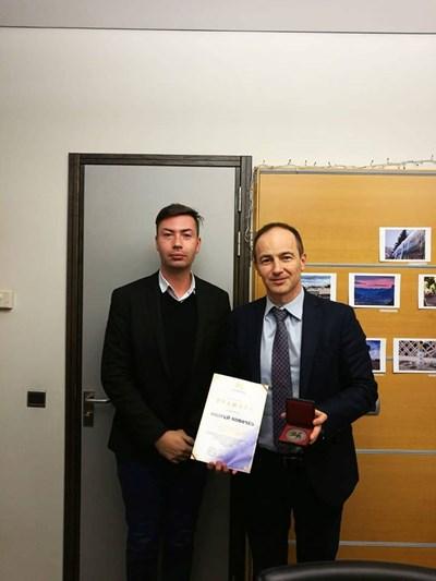 """Ковачев получава медала от """"Мати Болгария"""" в Брюксел днес."""