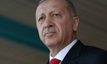 Доживотен затвор за 37 бивши военни, опитали да убият Ердоган
