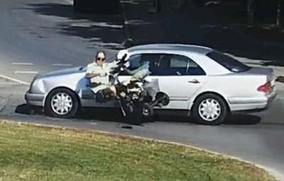 Охранителни камери заснели как бащата на президента Румен Радев - Георги Радев (на снимката долу), блъска мъжа в инвалидна количка. Той не е подал жалба.