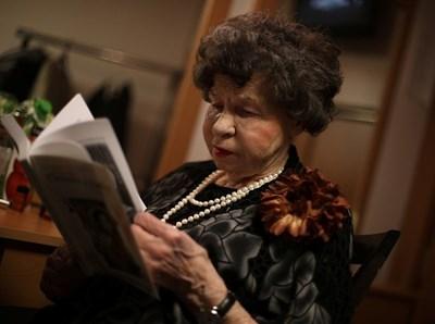 Великата актриса е на сцена от 1945г. СНИМКИ: Ройтерс