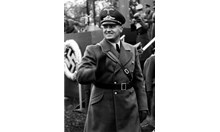 Личен съветник на Хитлер 86 г. бил доктор хонорис кауза на СУ - отнеха му званието