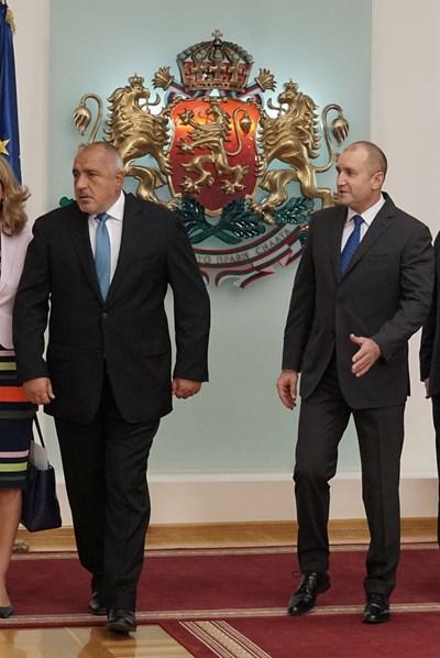 Истината за кредитния рейтинг на България, която Радев спести и вбеси Борисов