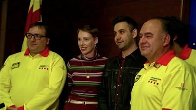 Одри с испанските лекари, които я спасиха СНИМКА: РОЙТЕРС