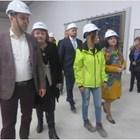 Караянчева провери изграждането на новите заводи край Враца