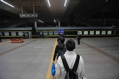 """Пекин каза """"да"""" на пътници от провинция Хубей"""