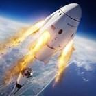 Двама българи в екипа, подготвил историческия полет на частна ракета