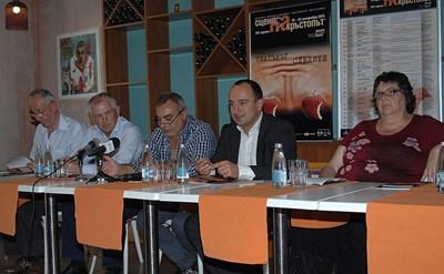Организаторите на фестивала очакват огромен интерес към спектаклите, които ще се играят в Пловдив.
