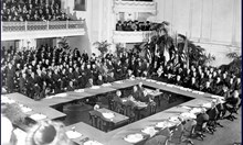 1947: Гърция ни иска репарациите в агнешко, губим Беломорието