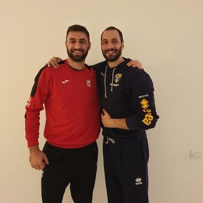 Соколов (вляво) и Казийски се снимаха преди дербито, а феновете се надяват да ги видят отново заедно в националния.