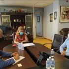 """Министър Николова проведе работна среща с Калин Сутев, официален представител за България на германския туроператор """"Дер Туристик"""" СНИМКИ: Министерството на туризма"""