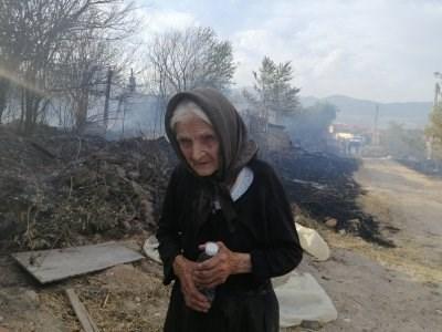 Баба Марийка от Старосел се оказа жилава българка. Снимка: Наташа Манева